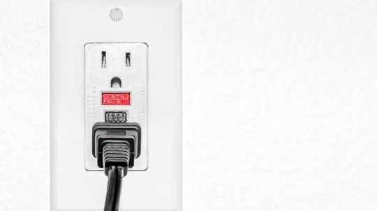 How Does a GFCI Outlet Work?