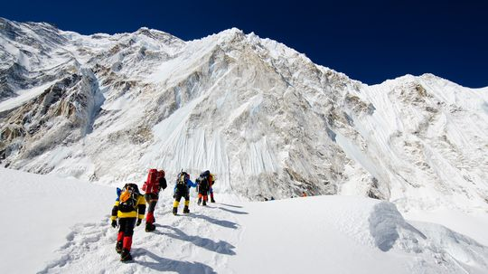 How has Mount Everest tourism affected Nepal?
