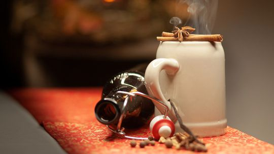 Spread Holiday Cheer With a Good Mulled Beer