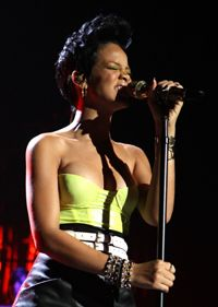 """Rihanna performs a song that includes a chorus of Stevie Wonder singing """"Superstitution."""""""