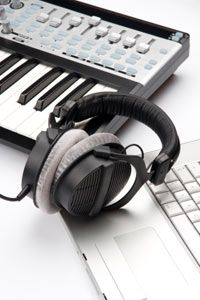 Facebook can be a powerful social networking tool when it comes to promoting your own music creations.