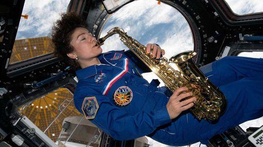 """宇航员喜欢在太空摇滚""""border="""