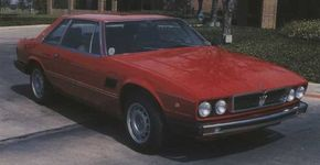 The front of this Maserati Kyalami displays the slightly reworked nose and restyled wheels used on late examples.