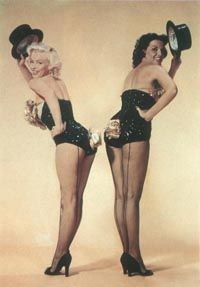 'Gentlemen Prefer Blondes' provided a lively showcase for the singing and dancing of the beautiful costars.