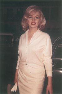 Marilyn has been linked romantically with both Sinatra and JFK.