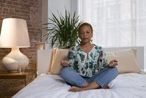 More people are turning to meditation as a nonconventional therapy to help relieve pain.