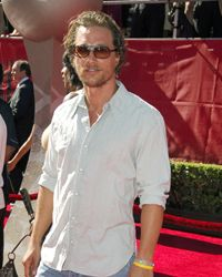 OK, Matthew McConaughey can pull off the sloppy look of wrinkles, but most men can't.