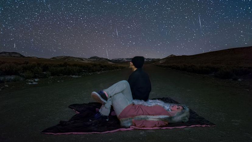 watching gemind meteors