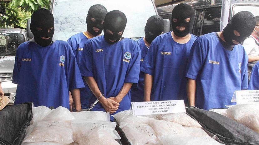Indonesia, meth dealers