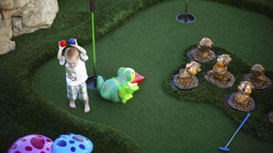 How to Build a Backyard Mini Golf Course