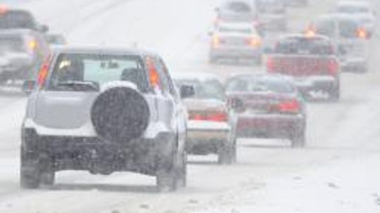 5 Common Mistakes You Should Avoid While Driving in the Snow