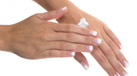 How to Moisturize Your Hands