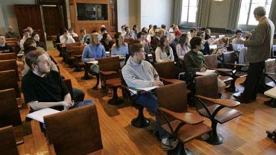 How Massive Open Online Courses (MOOCs) Work