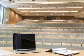 MOOCs can be attended by thousandsor even hundreds of thousandsof students at a time. Plus, you don't have to be packed into a lecture hall.
