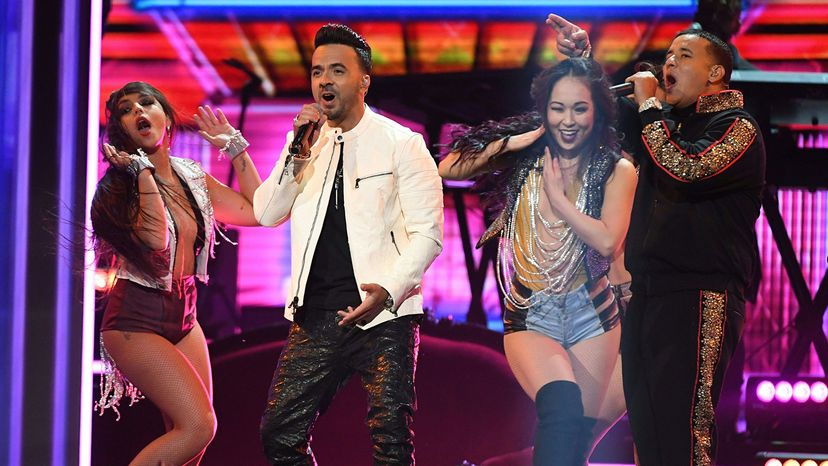 Luis Fonsi (2nd L) and Daddy Yankee (R), Grammy