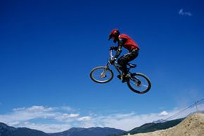 You don't want to try high jumps like this one if you're new to mountain biking.