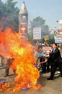South Koreans protest in May 2009 after North Korea said it successfully conducted a second nuclear test.