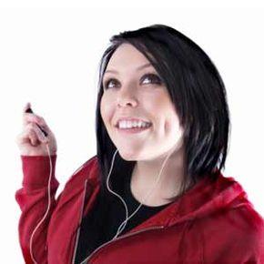 """镶嵌在连帽衫或T恤衫等衣服中的纳米发电机可能会给这个短语带来新的含义;摇滚乐的心脏。"""";""""border="""