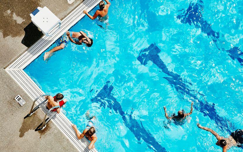 diarrhea in pools