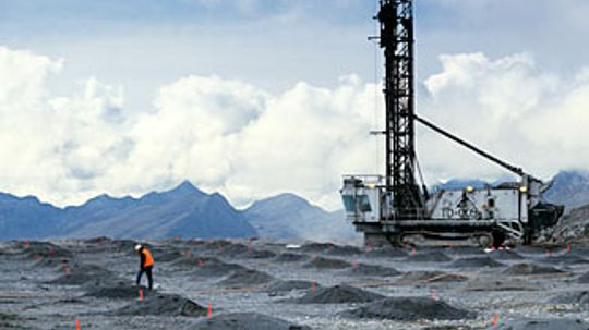 How does natural gas drilling work?