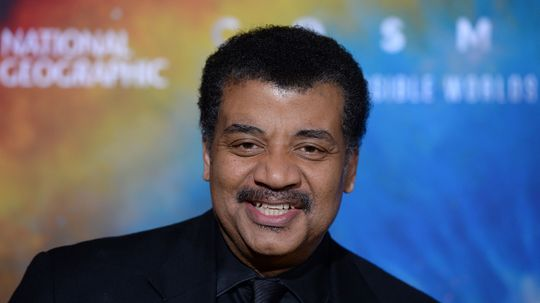 10 Cool Things About Neil deGrasse Tyson