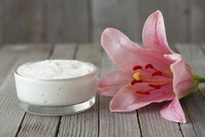 Just like the rest of the skin on your body, your underarm epidermis can benefit from a good moisturizer.