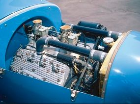 Under the hood, the original NieKamp Roadster had a 1942 Mercury flathead V-8.