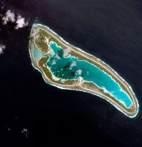 nikumaroro atoll from above