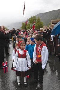 Children sometimes don simplified bunad for parades on Constitution Day.