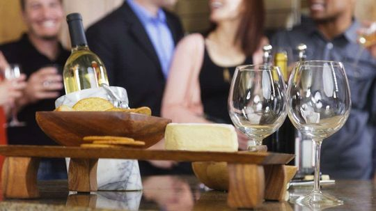 Happy Hour Alert: Cheese Really Improves the Taste of Wine