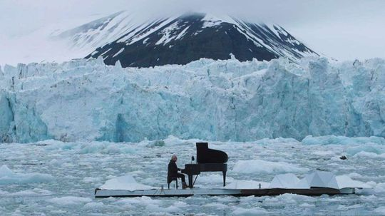 Pianist Plays Gorgeous Music While Floating in the Arctic Ocean