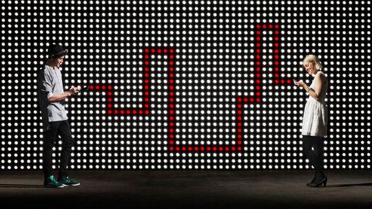 Data Sent via Infrared Light Could Make WiFi Hundreds of Times Faster