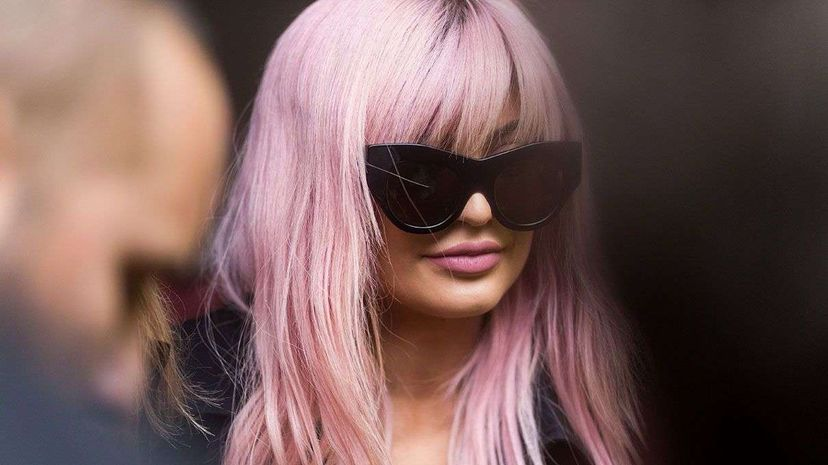 How Hair Dye Turns Your Hair That Great Shade of Pink or Purple Carousel: Christian Vierig/Getty Images; Video: BrainStuff