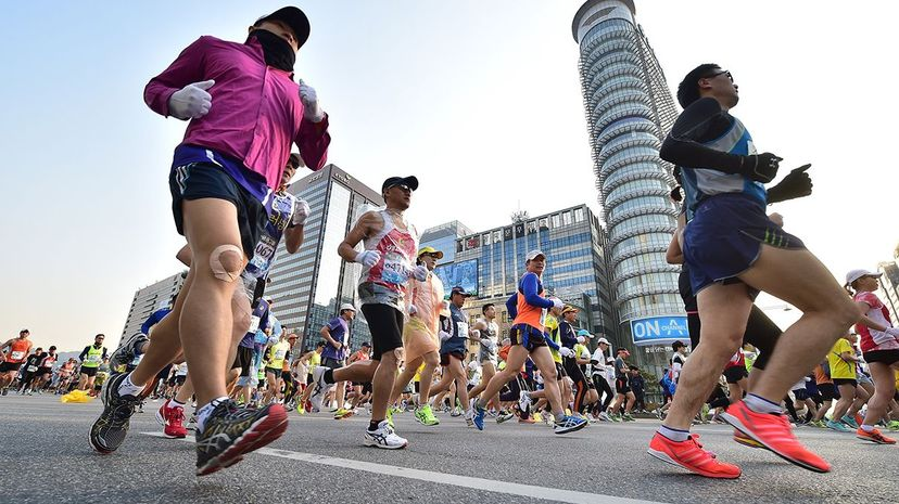 Competitors run in the Seoul International Marathon, 2015. JUNG YEON-JE/AFP/Getty Images