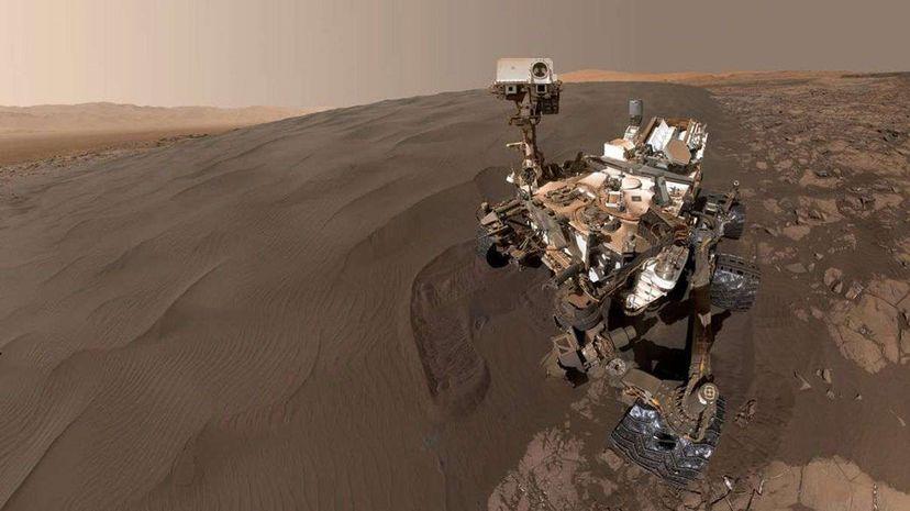 We Still Love You From Afar, Curiosity Carousel: NASA/JPL-Caltech/MSSS; Video: NASA Jet Propulsion Laboratory