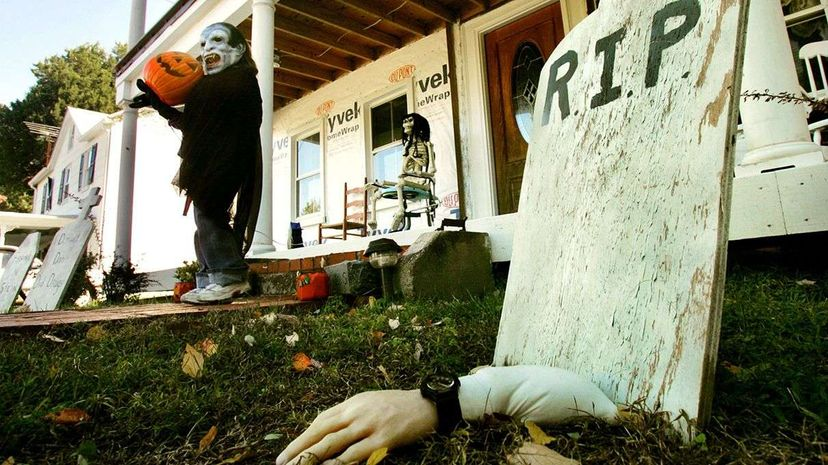 There have been times when people mistook actual dead human bodies for realistic Halloween decorations. Mark Wilson/Getty Images