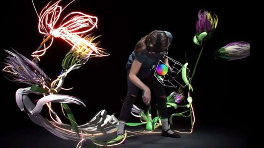 Google's New Tilt Brush App Makes 3-D Painting a (Virtual) Reality