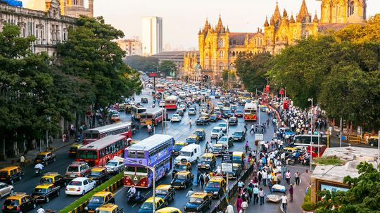 India Plans to Switch All New Cars to Electric by 2030