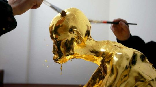 Mummified Buddhist Monk Gets Covered in Pure Gold