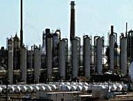 Distillation columns in an oil refinery