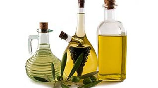 Oil Cleansing: Does Castor and Olive Oil Face Wash Really Work?