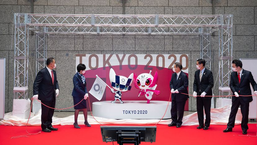 mascot statues are unveiled at the Tokyo Metropolitan Government headquarters