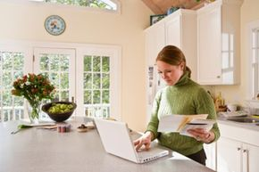 Online banking rewards programs are designed to encourage bank loyalty.