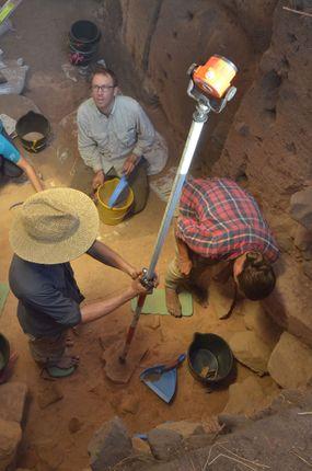 archaeological dig, australia