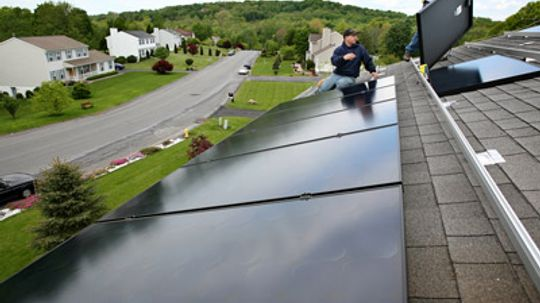 How Automatic Solar Panel Cleaning Systems Work