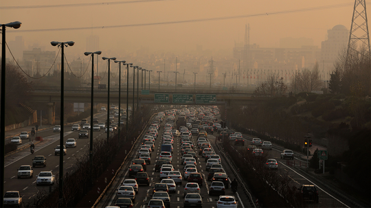 How Much Air Pollution Comes From Cars?