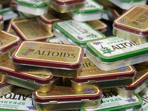 Imagine how many things you could make with this big old pile of Altoids tins.