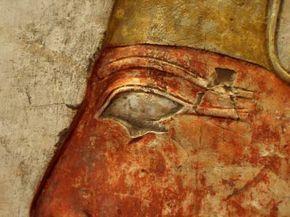 Egyptian men wore primitive eye liner.