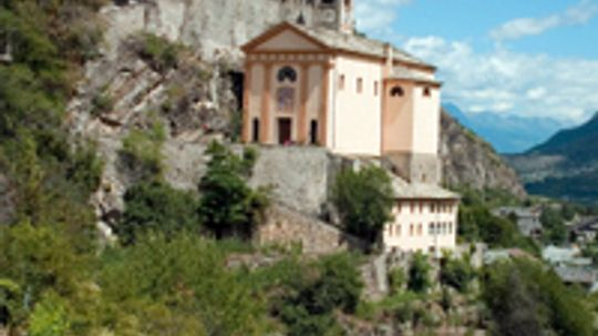 Ultimate Guide to the Aosta Valley Wine Region