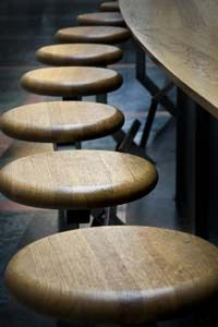 Building a basic bar stool can be a simple home project. 